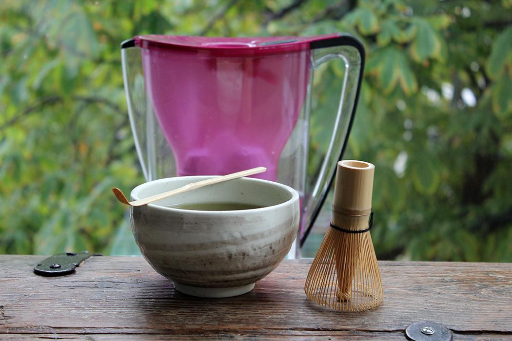 Matcha Tee und Wasserfilter