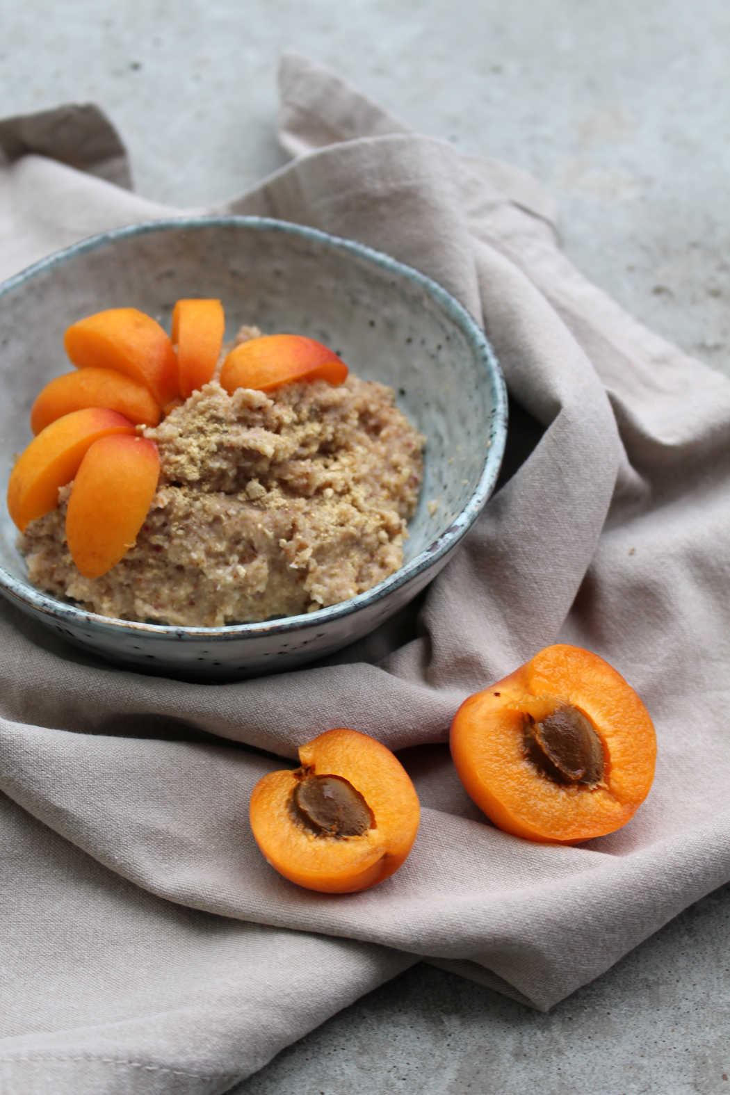 Rezept Instant Porridge Oatmeal Mango Maca mit Aprikosen1