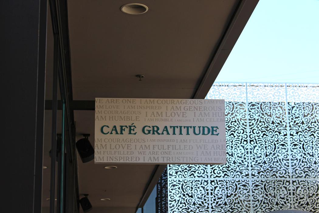 los-angeles-cafe-gratitude01