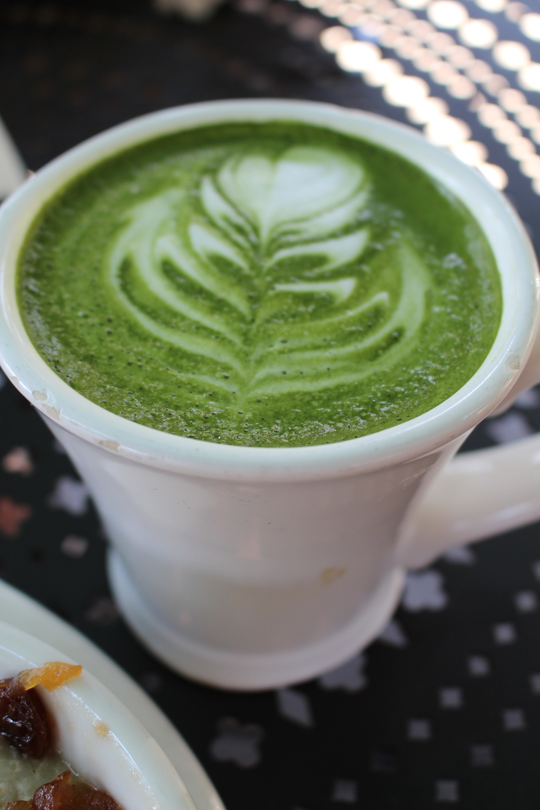 los-angeles-urth-caffe02