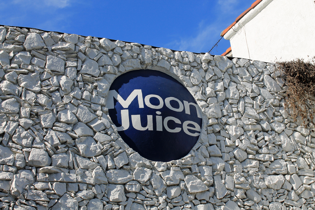 Los Angeles Moon Juice1