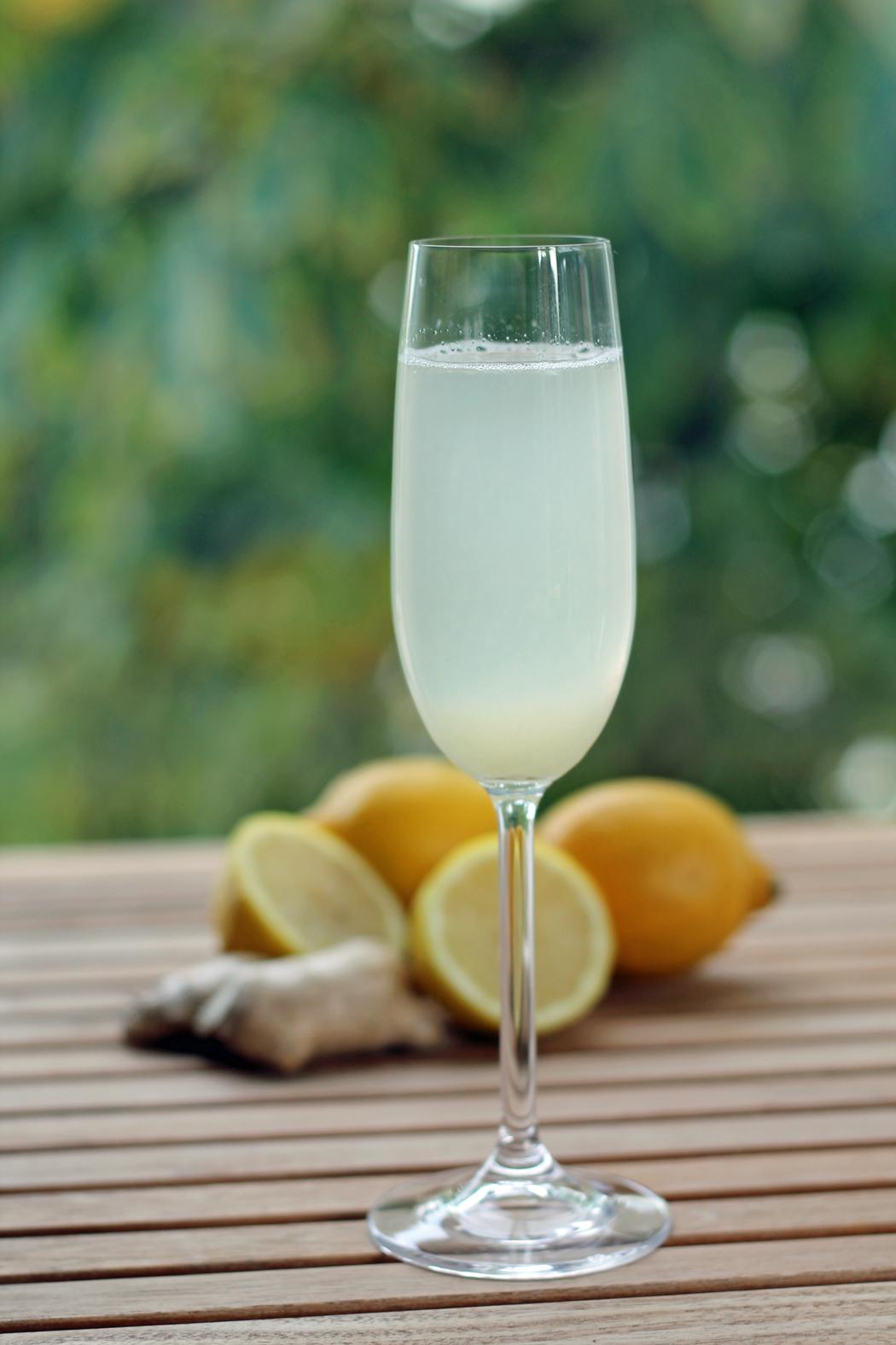 Frischer Ingwer-Zitronen-Tee