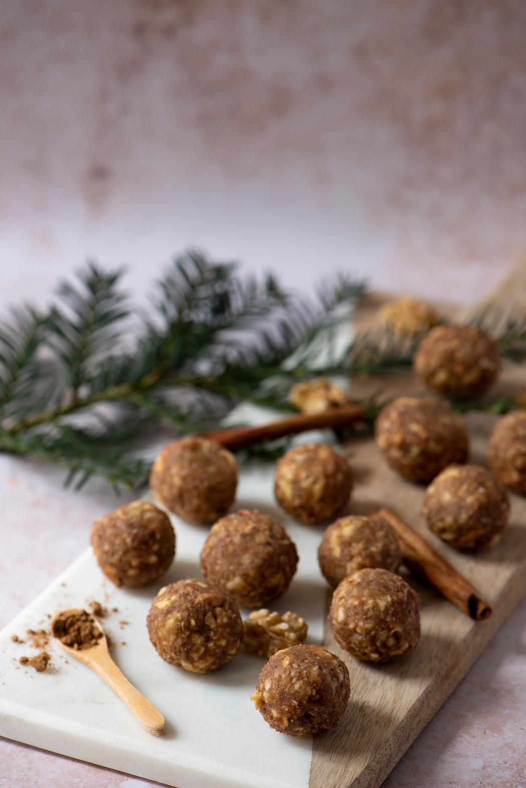 Gesunde Snacks weihnachtliche Energy Balls01