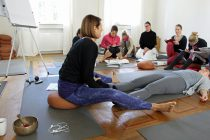 Teil 3 meiner +300h Yogalehrer-Ausbildung – Entspannungstechniken & Kaifu-Sole