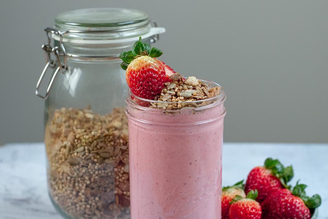 Erdbeerjoghurt mit Granola02
