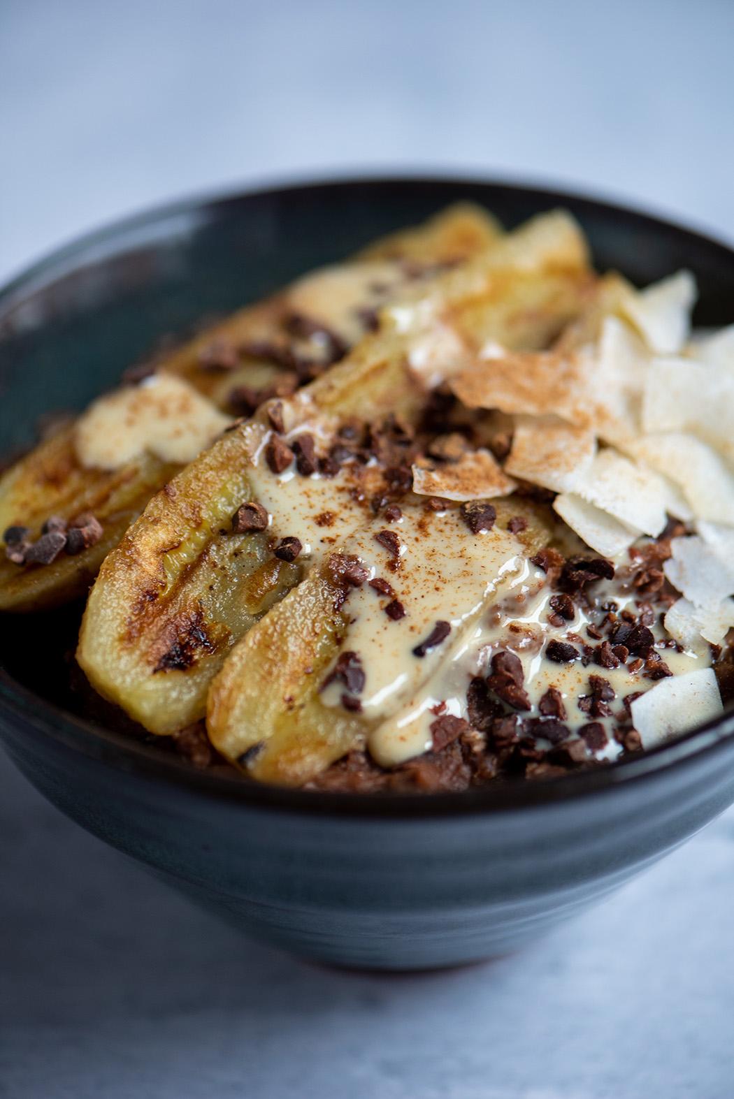 Schoko Buchweizen Porridge mit gebratener Banane02