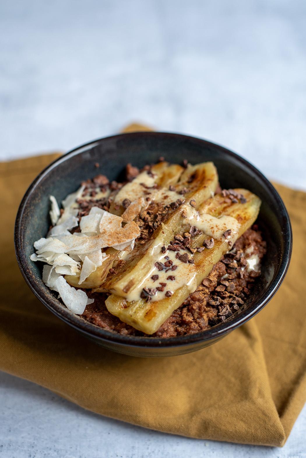 Schoko Buchweizen Porridge mit gebratener Banane06