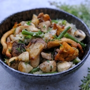Recipe: Mushroom Stir-Fry with Quinoa and String Beans