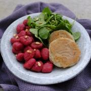 Rezept: Vegane Kohlrabischnitzel mit Rote-Bete-Gnocchi