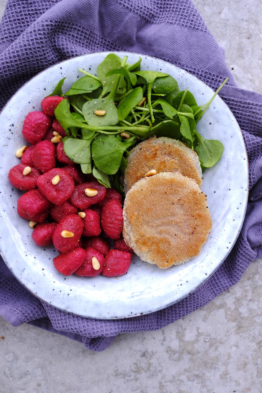 Kohlrabischnitzel mit Rote Bete Gnocchi03