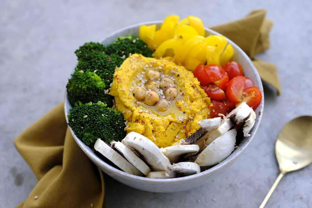 Buddha Bowl mit Süßkartoffel Hummus01