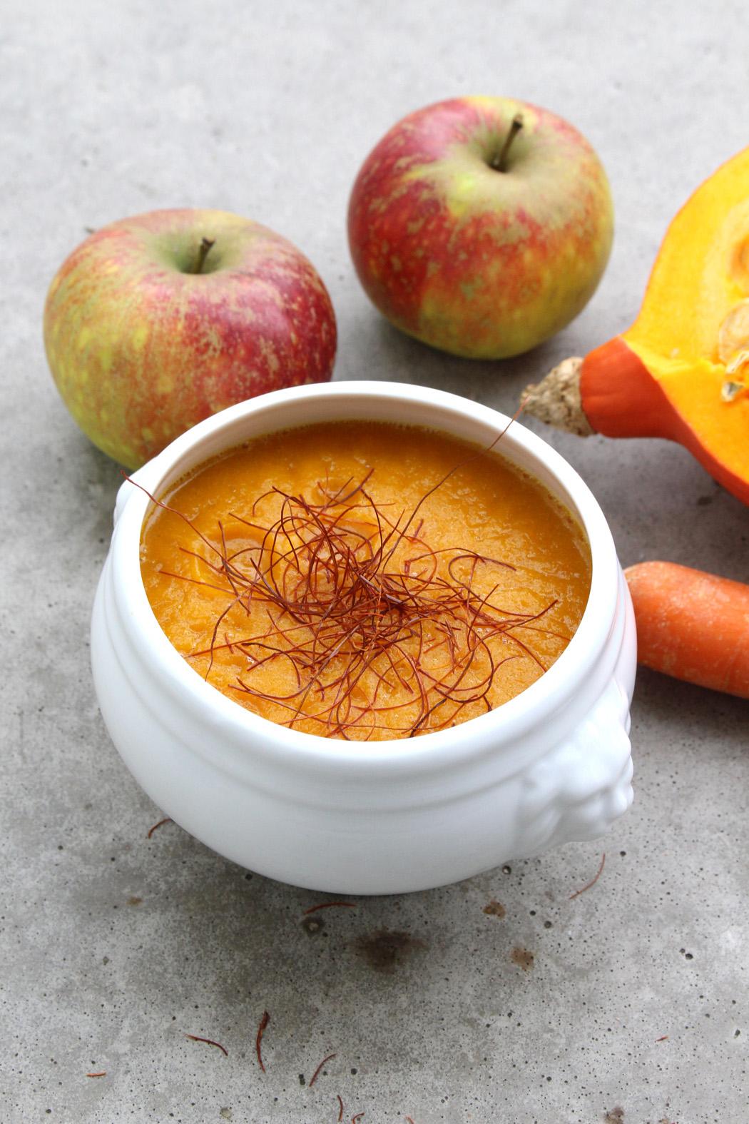 Fruchtige gebackene Kürbissuppe3