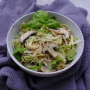 Recipe: Gluten-Free Pasta with Mushrooms and Cashew Cream Sauce