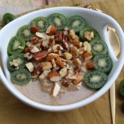 Rezept: Hirse-Porridge mit Kiwi-Beeren