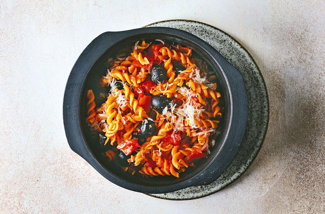 102 Mediterrane One Pot Pasta1140336