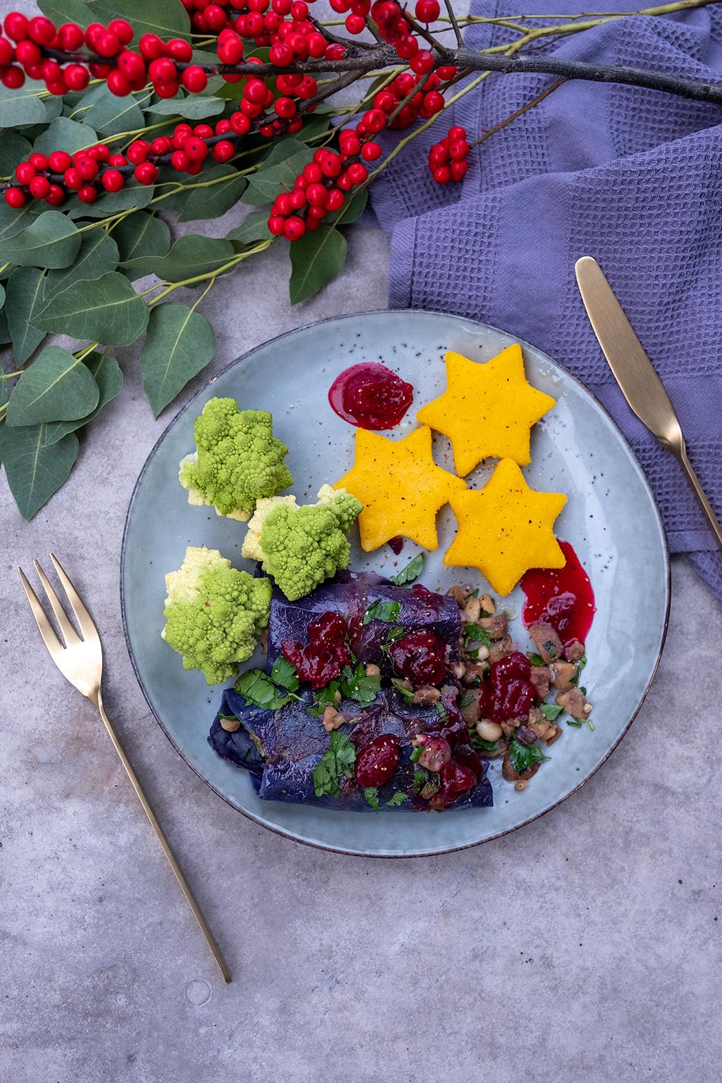 Rotkohl Roulade mit Polenta Sternen02