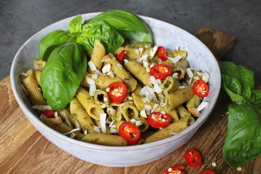 Glutenfreie Nudeln mit Mandel Basilkum Pesto02