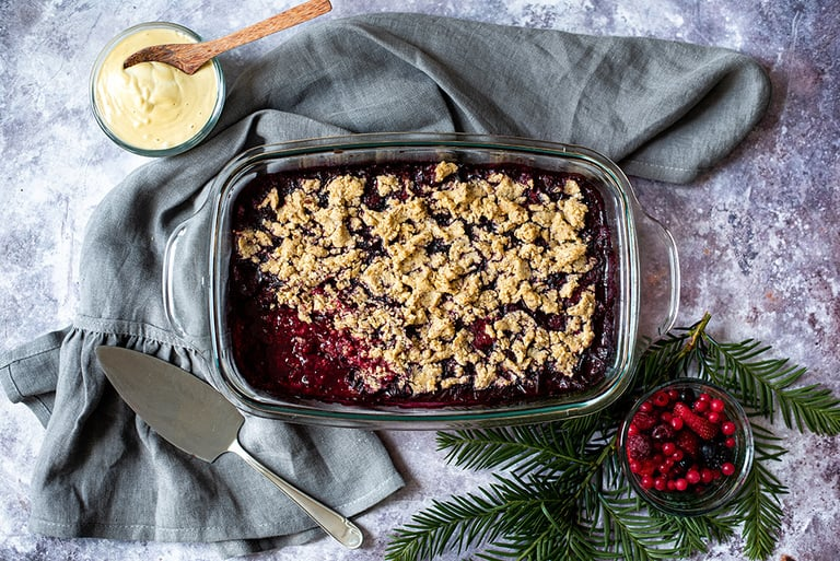 Christmas Crumble mit Cashew Vanille Sauce01