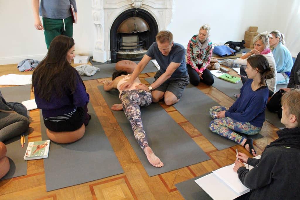 Unit Yoga 300 Juni 2016 10