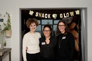 California Almonds Snack Glow Event01