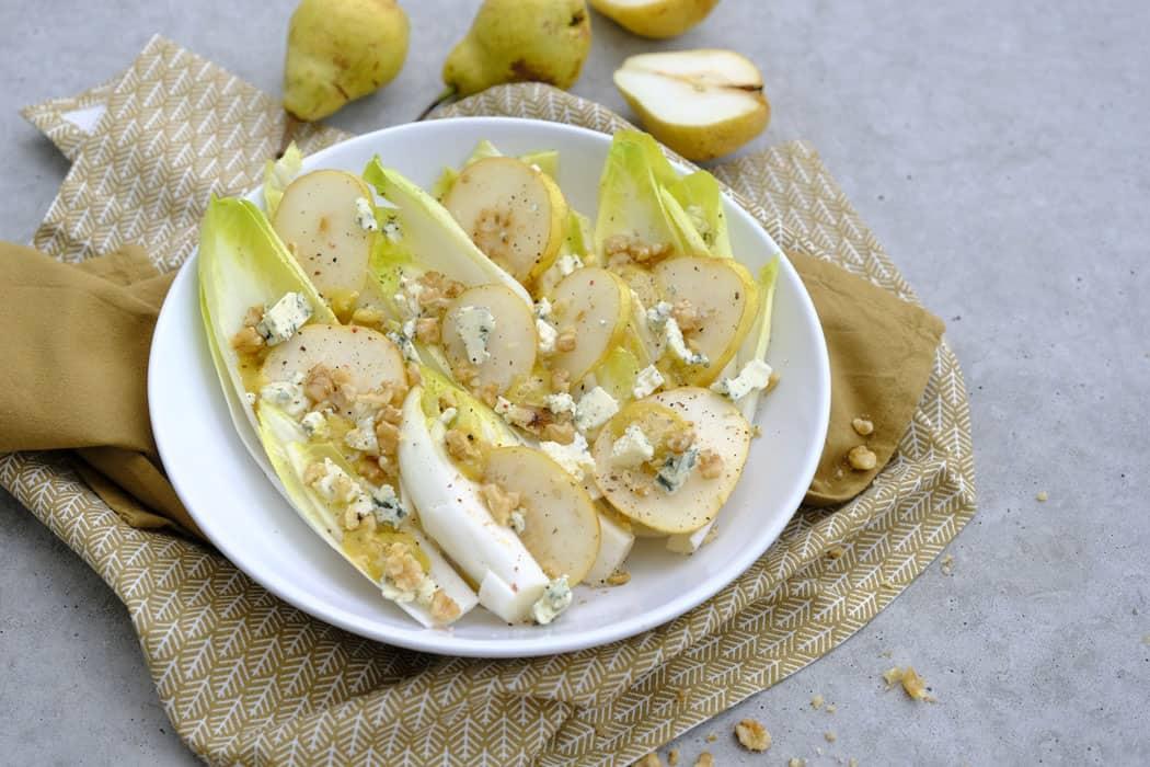 Chicoree mit Walnuessen und Roquefort01 5